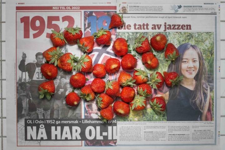 Norvēģijā – 10,26 dolāri. Par šo summu var nopirkt zemenes (tieši tik, cik ir redzamas fotogrāfijā), vai 36 olas, vai 40 frikadeles, vai 4 marinētas siļķes.
