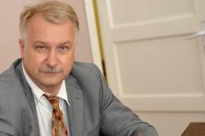 Bēdīgi slaveno advokātu Vonsoviču pratinās policija