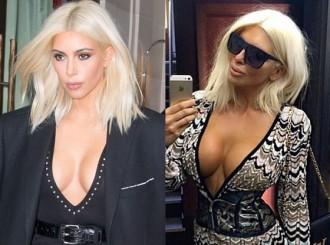 """Skandalozais stāsts par to, kā Kima Kardašjana nozaga Ellenas Karleušas stilu. Droši vien jūs tagad sev jautājat: """"Kas, pie velna, ir Ellena Karleuša?!"""". Tā ir serbu folkmūzikas dziedātāja, kura ilgi bazūnēja visās stabulēs, ka Kima un Lēdija Gaga esot nozagušas viņas stilu.  Starp citu, taisnības vārdā atgādināsim, ka par pašu Ellenu sāka runāt tikai pēc tam, kad Kima Kardašjana nokrāsoja matus blondus un interneta mediji abas skaistules sāka salīdzināt."""
