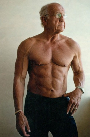 Džefrijs Laifs (Jeffry Life), 72