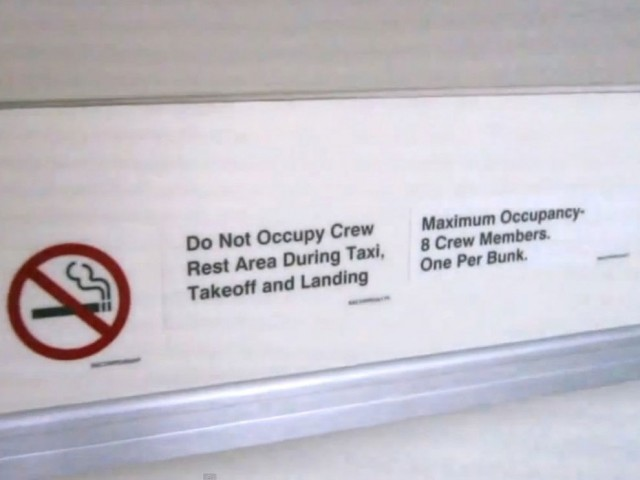 Boeing nepieļauj divu cilvēku atrašanos vienā guļvietā
