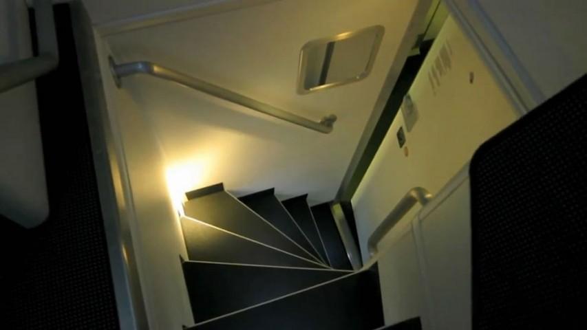 """Kāpnes, pa kurām var nokļūt """"guļamistabā"""""""