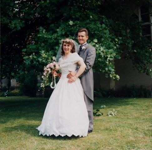 Tā Bobs un Džo izskatījās 1992.gadā, savā kāzu dienā