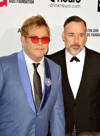 Eltona Džona laulātajam draugam uzradies mīļākais?