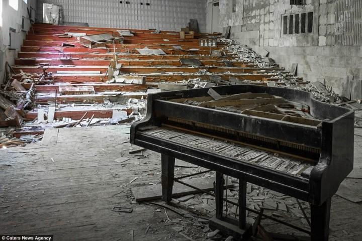 cernobila-ka-tur-izskatas-sodien-05