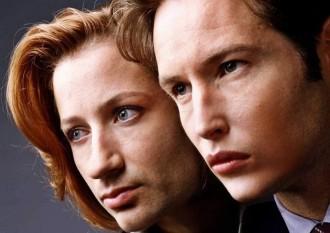 "Seriāla ""X Files"" galvenie varoņi Skallija un Malders"