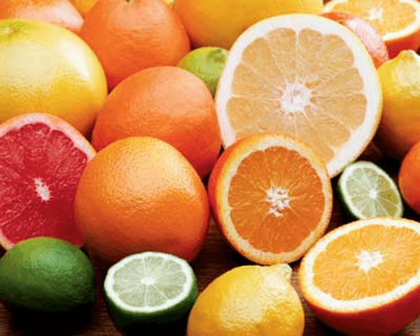 IETEICAMS: Citrusaugļi (satur daudz vitamīnu, kas karstā laikā organismam ir īpaši nepieciešami)