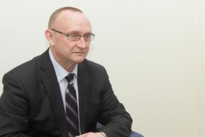 Latvija bruņojas nepietiekami ātri, brīdina vēstnieks NATO