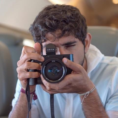 Hamdanam patīk fotografēt, un princis bieži sociālajos tīklos mēdz sniegt padomus šajā jomā