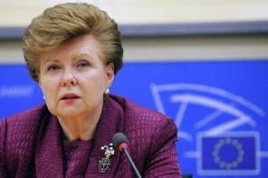 Vaira Vīķe-Freiberga ieskicē jaunās NATO prioritātes