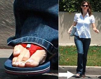 Dženiferai Gārnerei, Bena Afleka šķirtajai mīļotajai, šķiet, nav paveicies visvairāk...