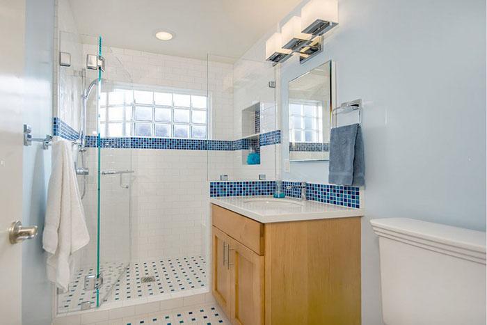 PĒC - vannas vietā ierīkota dušas kabīne