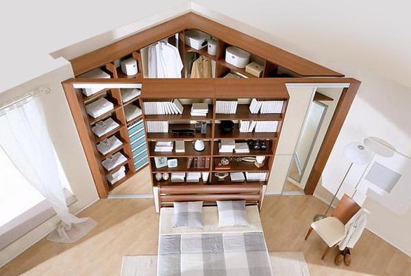 Lai ierīkotu garderobi, nav vajadzīga istaba - pietiks ar stūri