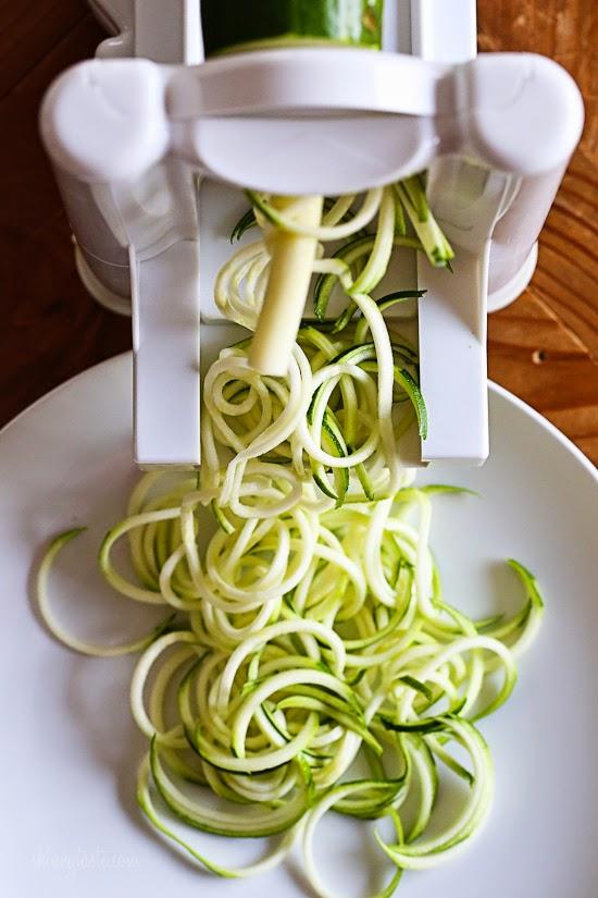 vieglas-pusdienas-cukini-spageti-ar-vistu-kiniesu-gaume1