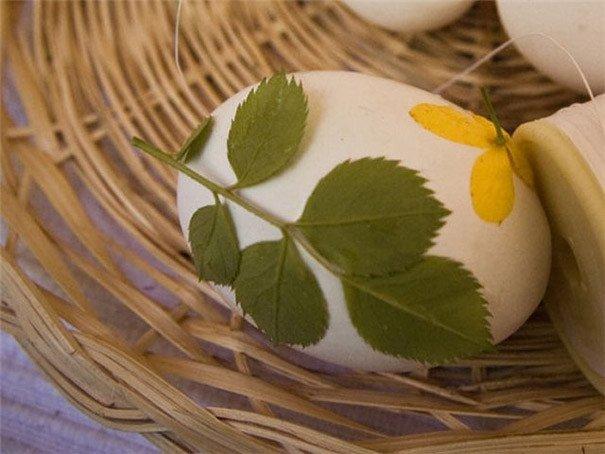Kā nokrāsot Lieldienu olas