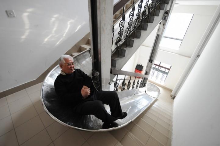 Slidkalniņš: vai esat padomājuši, cik ilgu laiku dzīvē kāpjam pa kāpnēm kopumā?