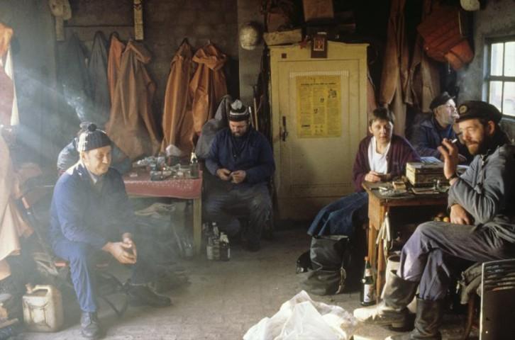 Priekšvēlēšanu kampaņas laikā zvejnieku ciematā Lobē Rūgenas salā, 1990.gada 2.novembrī