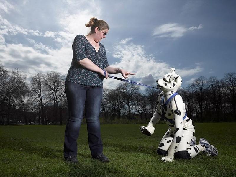 Human pups, cilvēki - suņi