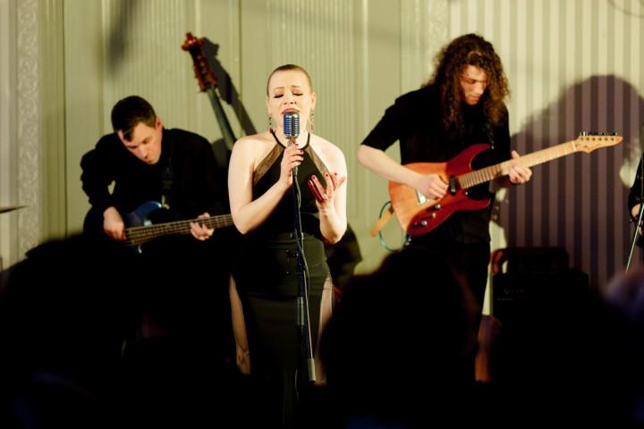 laima-dimanta-prezetne-jaunu-singlu-kas-pateiks-39