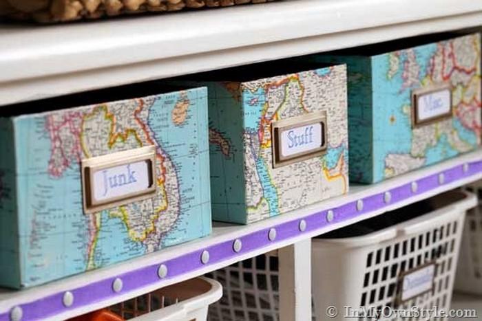 Lai pagatavotu šādas kastes sīkumu glabāšanai, noderēs arī vecās skolas laiku kartes