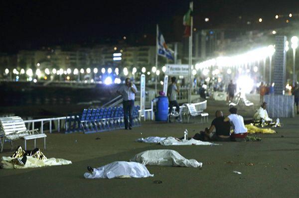 Teroraktā nogalināti vismaz 84 cilvēki