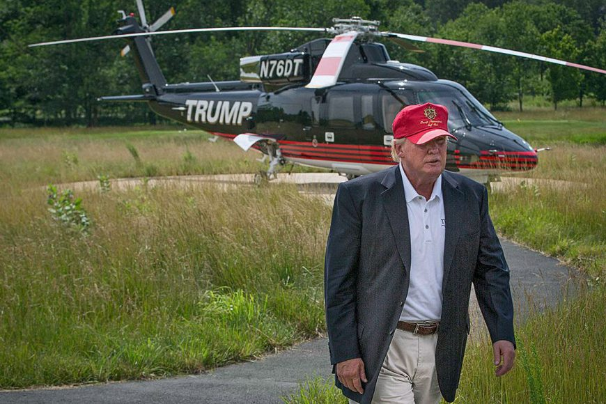 ...un helikopters Augusta
