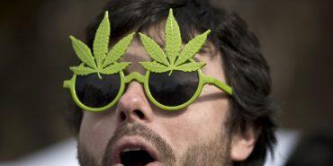dekriminalizēt marihuānu
