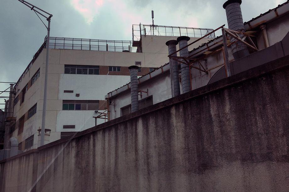 Ražotnes ēka, kuras fotografēšana ir bīstama dzīvībai