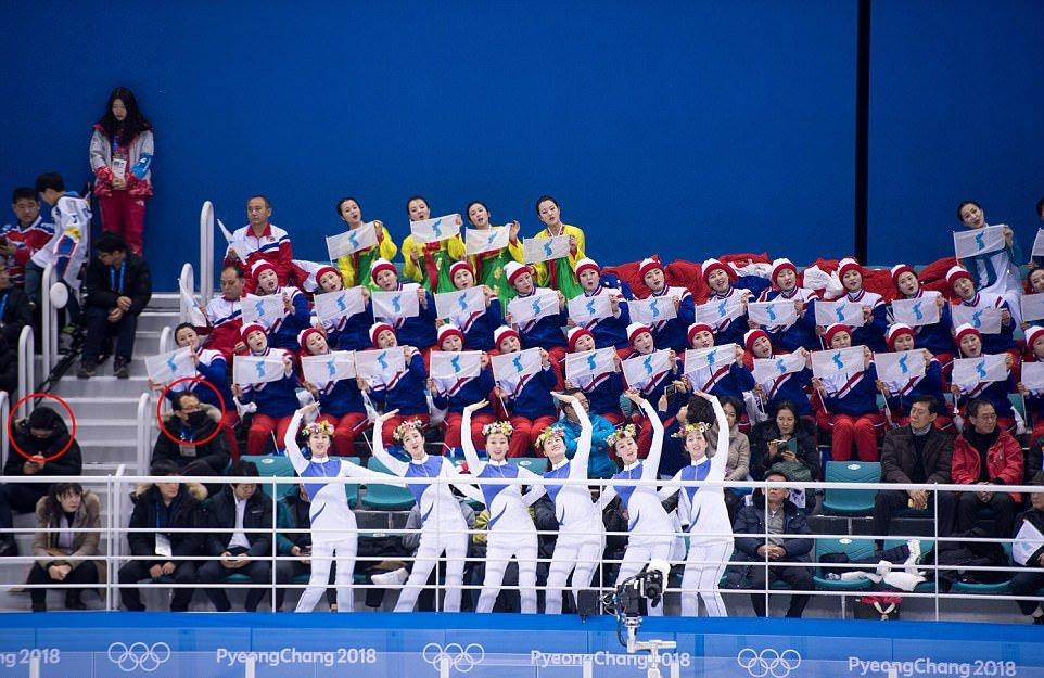 olimpiades-koloritas-karsejmeitenes-no-ziemelkorejas-kas-vinas-ir-08