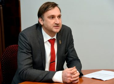 zv. notārs Jānis Skrastiņš