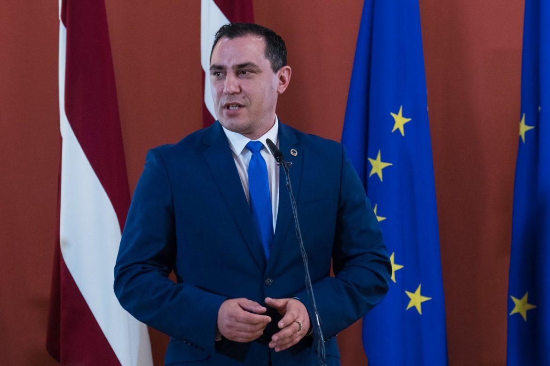 Sandis Riekstiņš Saeimas foto