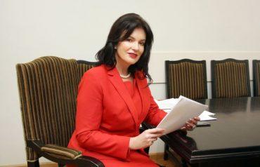 Ramona Petraviča