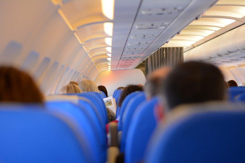 lidmašīnas pasažieri