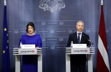 Petraviča un Bordāns